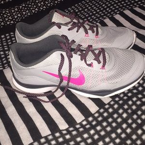 Women's size 8 Nike's